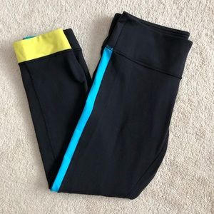 Lululemon Leggings Cropped Black Blue Yellow